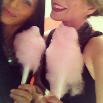 We think #cottoncandy should be at every event - right @daarssen ? #ragandbone #Toronto #newyork #fashion #art  (at Holt Renfrew Centre)