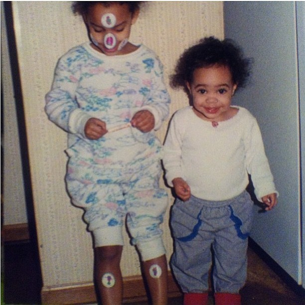 Hey @tokiyomarie why did you have all those stickers on your face and legs?! Lmao