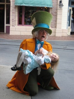 thatdisnerd:  WHY ARE ALL THE MAD HATTER FCS SO AWESOME?!?!?? I can't handle this level of cute.