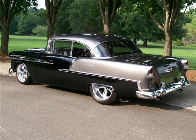 musclecardreaming:  55 Chevy …. will this ever go out of style? I don't thinks so either.  Chevy 55