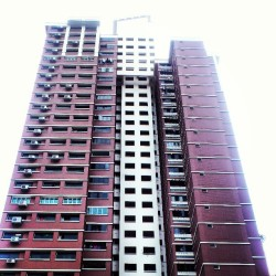 6.9million. Soon tall buildings are everywhere. #hdb #Singapore #flat #Asia #southeastasia #house