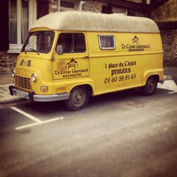 #estafette #renault #antic #car #yellow