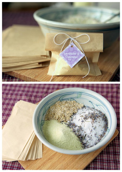 diychristmascrafts:  DIY Oatmeal Lavender Milk Tub Soak Recipe from My Own Ideas here. This recipe ingredients are Epsom salts, dried lavender, oatmeal, powdered milk and essential oil. There is also a link to really cheap large tea filters. This recipe would make a nice gift and you could include DIY sugar scrubs and spa treatments along with La Vie en Rose's towel spa wrap here.  truebluemeandyou: this is from my other blog where I post cheap gift ideas.  Potential Mother's Day gift?