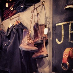 #shoesday shopping #bytheofficeofcourse #jeanshopnyc #meatpacking