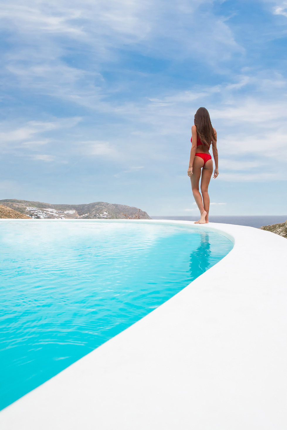 These Are The Most Spectacular Infinity Pools In
