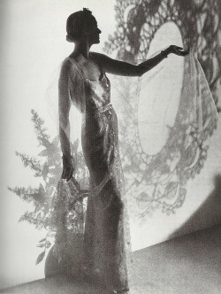 couturegarden:  Chanel evening gown photographed by Cecil Beaton for Vogue. (c. 1935)