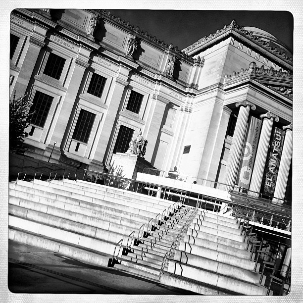 Brooklyn Museum (iP5) #museum #art #architecture #design #detail #building #brooklyn #crownheights ##instagood #instamood #phototag_it #location #nyc  (at Brooklyn Museum)