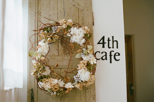 preteritus:  door wreath by I.E. on Flickr.