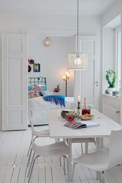 homedesigning: Romantic White Apartment Decor