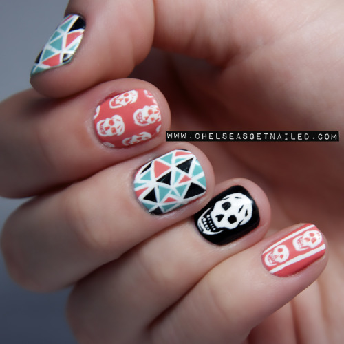 getnail-d:  Girly Skull Nails.
