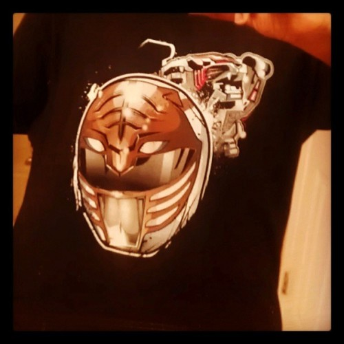 2nd #PowerRanger shirt I've bought from #ShirtPunch. Shoutout to #InkOne for all the awesome work you do. #WhiteRanger #MMPR