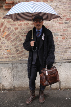 wgsn:  Quirky menswear styling at #MFW #StreetStyle WGSN Street Shot, Milan Fashion Week