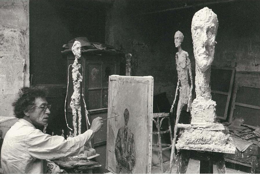 gallowhill:  Alberto Giacometti in his Paris studio, 1960 Photo by Ernst Scheidegger