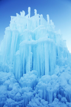 touchdisky:  Midway Ice Castles, Midway, Utah, USA by Laura Johnson