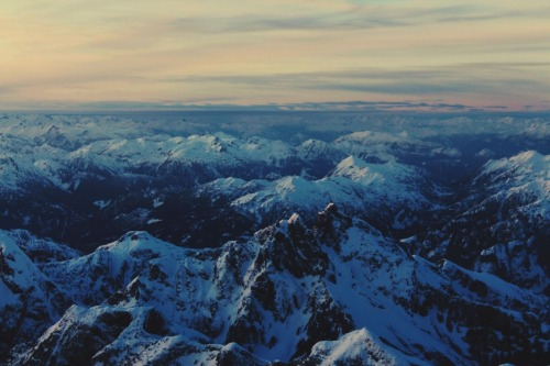 gold-hair-green-eyes:  BC sure has some beautiful mountains.