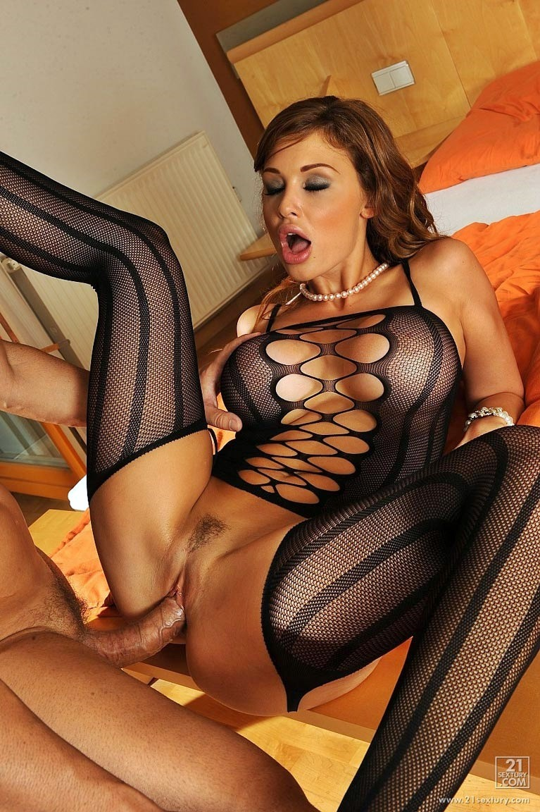 Aletta like hard sex