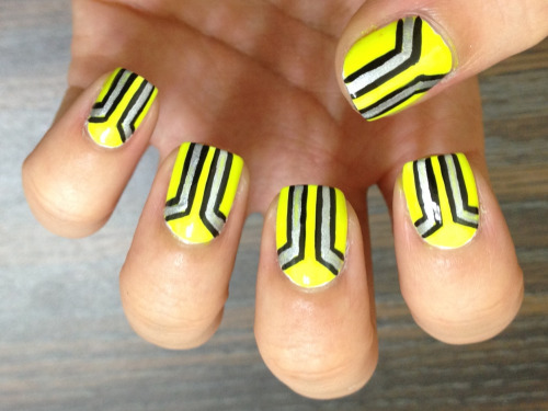 casebykasenails:  Bold graphic neon nails to kick off the new year. :)