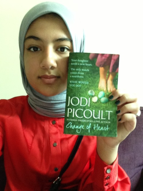 Hello Bookfaces, currently reading this book by Jodi Picoult and I don't want to pre-judge but I think its my second favorite of what I have read so far from her books. I love how she is very intelligent and so incorporates a lot of law technical terms and medical illnesses proper explanation (and many other things) without making is seem boring, in fact you learn a lot of new things in an interesting way. Submitted by ladensoul.