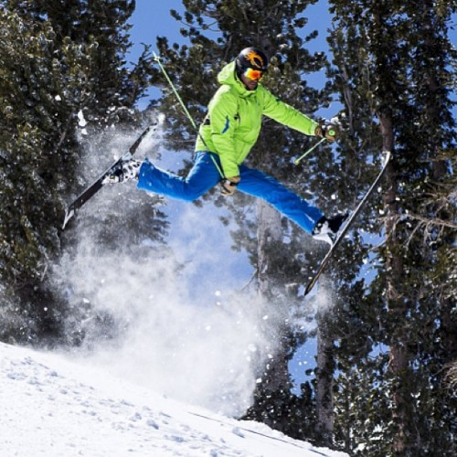 We hope everyone's getting #radical out there with all of the new snow. @tjrlanning sure is @mammothmountain, with this trick tailor made for #tbt. Photo: @arztm