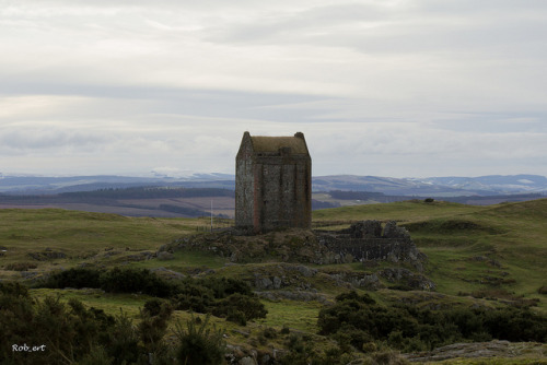 Smailholm Tower by Rob_ert on Flickr.