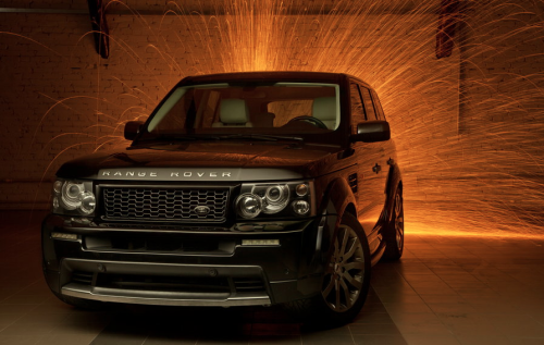 blessed-in-abundance:  Range Rover Sport | Credit | More