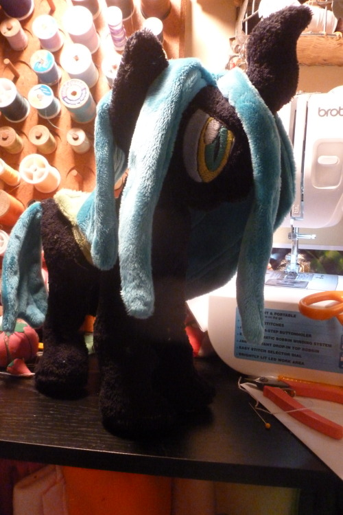 Almost done with Queen Chrysalis, and this is where I take my break for the night~ -w -; <3
