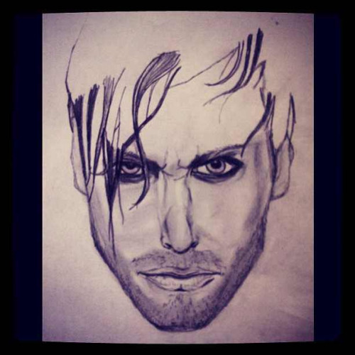@MichaelTurchin Impromptu sketch of hothic superhero @LanceBass .. <3 on Flickr.RT @MichaelTurchin Impromptu sketch of gothic superhero @LanceBass !