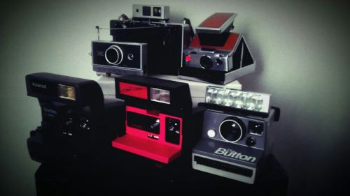 johnnygolucky83:  Current instant analogue family portrait.