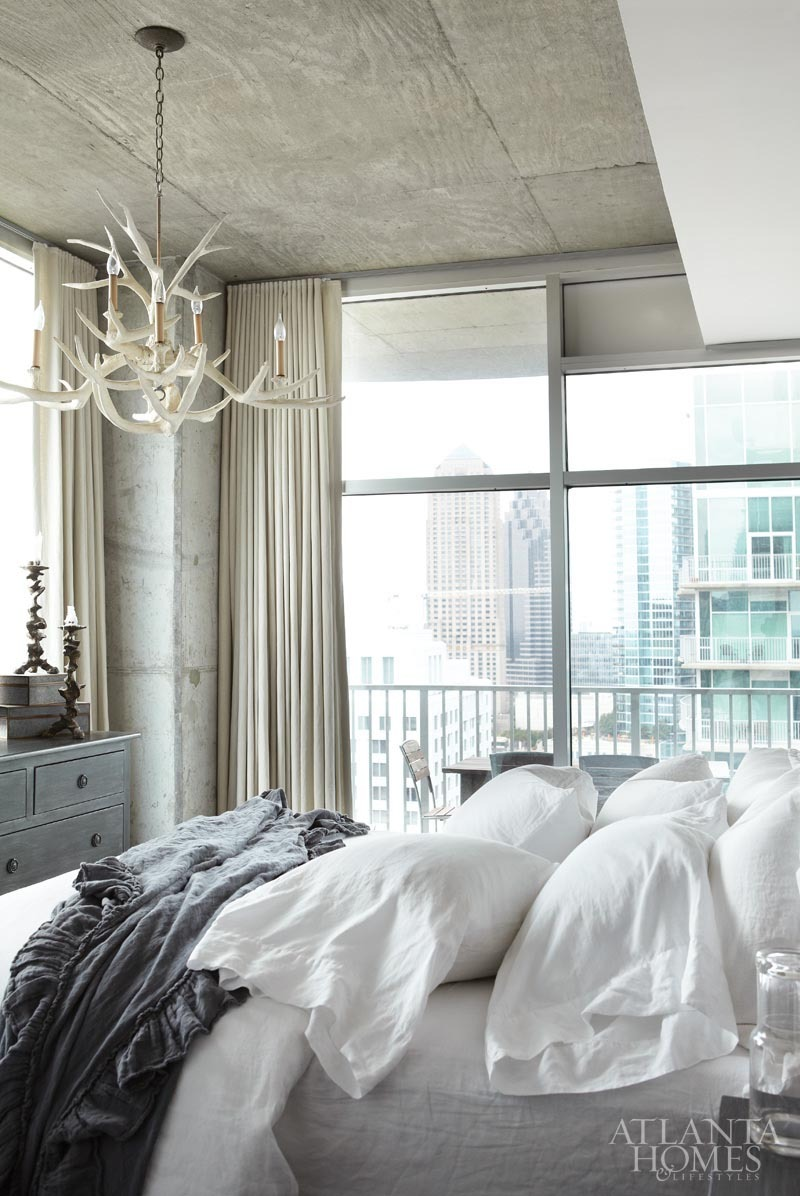 elorablue:  Bedroom Condominium, Tim Moxley Photography-Styled by Holly Smith
