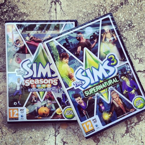 Got them FINALLY #sims #3 #ea #supernatural #seasons #expansion (at Mesa Geitonia)