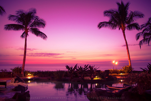 Hawaiian Resort Pacific Sunset on Flickr.Via Flickr: Sunset over the Pacific from a resort in Hawaii.