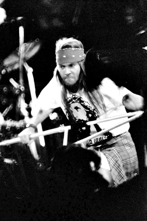 174/333 | Favorite Photos of Axl Rose