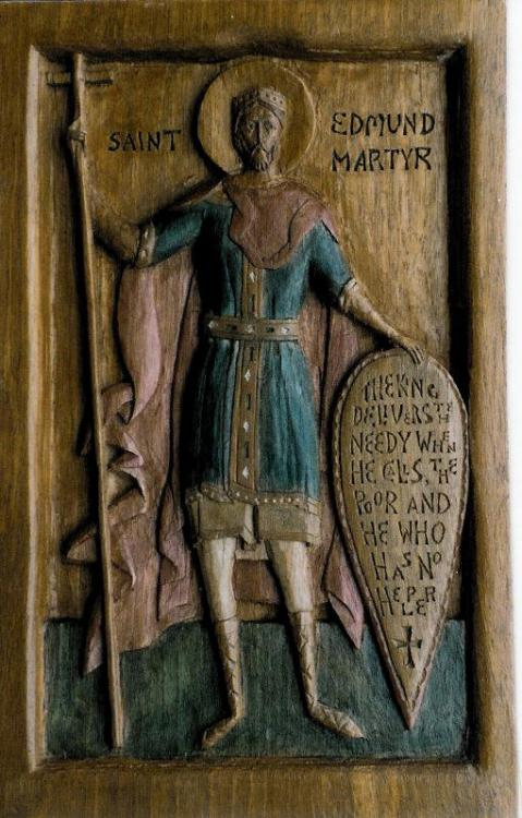 "like-distant-thunder:  aenglaland:  A wooden engraving of Saint Edmund the Martyr   Such a hero. Both St. Edmund and St. Edward the Confessor are model Christian Kings. I say ""are"" and not ""were"" because Christ is the God of the living."