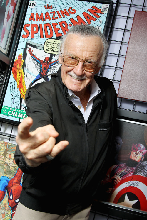 "herochan:  Happy Birthday Stan Lee!!!   comicsforever: Stan ""The Man"" Lee is turning 90 today. The longtime writer, publisher, editor and cheerleader for Marvel Comics has lived long enough to see their creations leap from the printed page to the most diverse media, from movies to video games. Stan has left us a legacy more than spectacular, full of vivid, rich and colorful characters. Thanks so much for everything Stan! Excelsior! Artwork by J.Scott Campbell     94' Spider-Man on Fox Kids… never missed an episode. Happy Birthday Stan!"