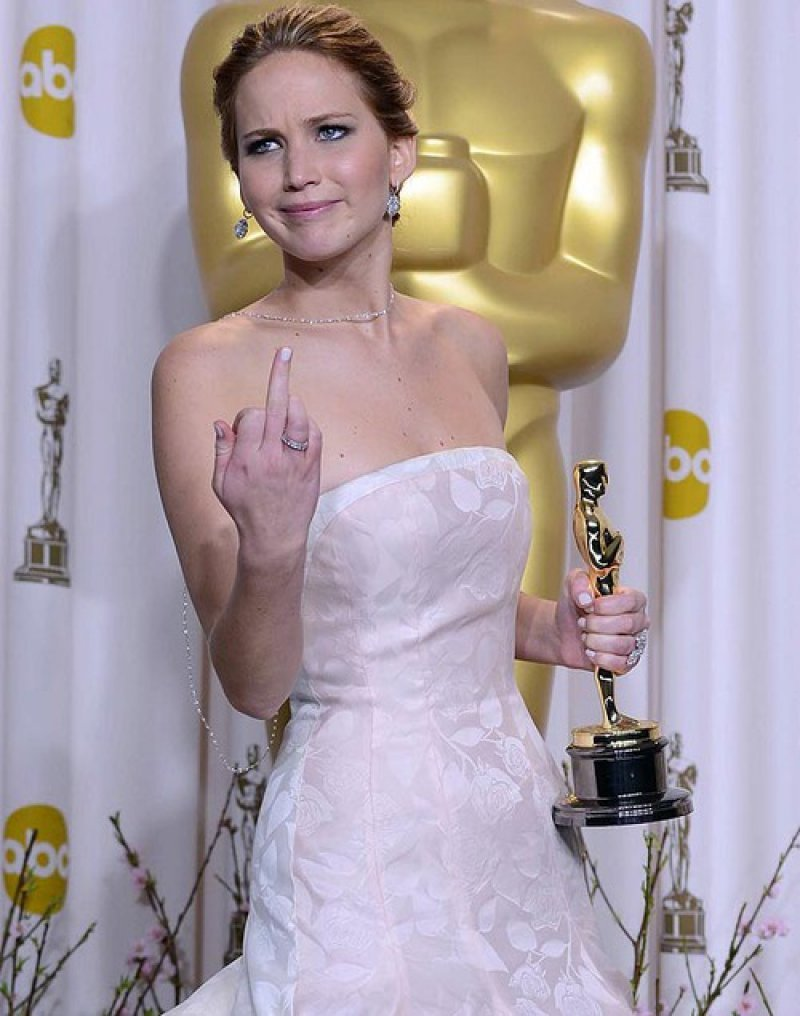 Jennifer Lawrence flicking off photographers at the Oscars