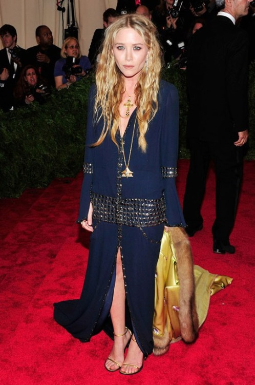 Mary Kate Olsen in vintage Chanel haute couture + Balmain jacket @ 2013 Met Gala