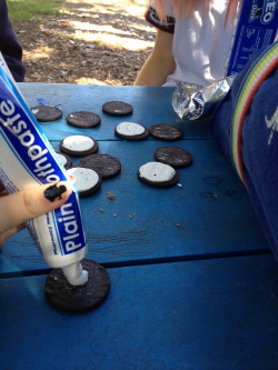 tyleroakley:  flaffy:  the time lauren and I filled oreos with toothpaste and gave them to everyone at school  Evil walks among us.