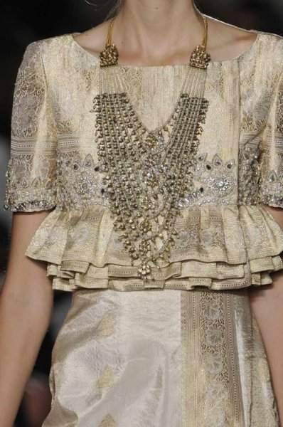 naimabarcelona:  #Marchesa SS 2013 New York