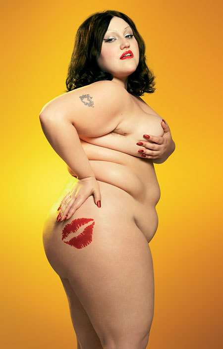 3freefromlimits:  cuntlyff:  Beth Ditto from the Gossip representin for the big gurls  I fucking love this tattoo on her, yasssss girl