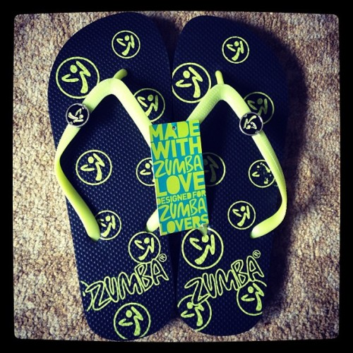 kaylanicholex:  The new Zumba flip flops are super cute and comfy.. <3 I love them