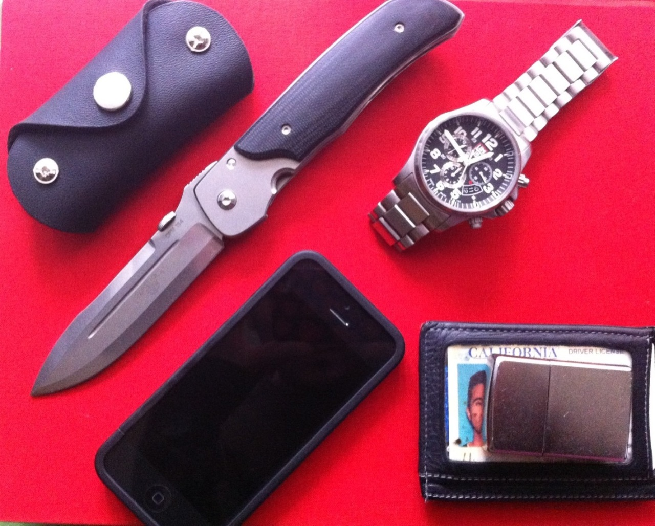 Everyday Carry Submitted By: Spencer Terzuola Eagle Rock Custom Zippo - Purchase on Amazon Wallet - Shop on Amazon iPhone - Purchase on Amazon Leather key holder (car key and house key)