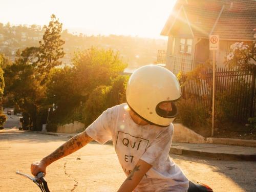 #silverlake #la #moped #mopedgirl #motogirl