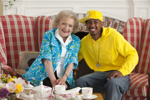 Look who's headed to Off Their Rockers to hang with the legendary Betty White!  Catch Nick Cannon's cameo at 8/7c this Tuesday on NBC.