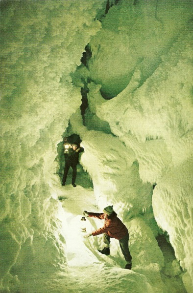 Cave explorers in Antarctica National Geographic | October 1968