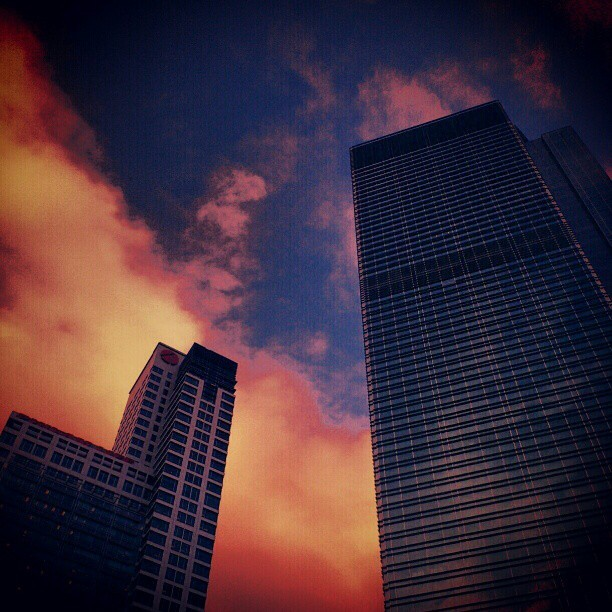 Skyscrapper  #instagramthatshit #buildings #sky #clouds #cloud #view #sunset