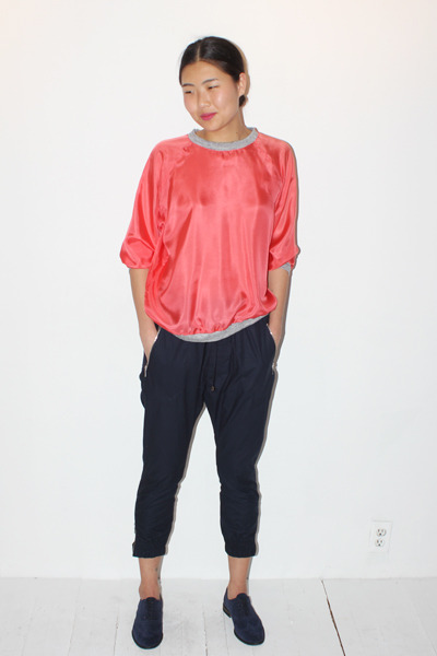 Von Sono Raglan Jumper in Geranium and Marios Zips Trouser in Navy « No.6 Daily