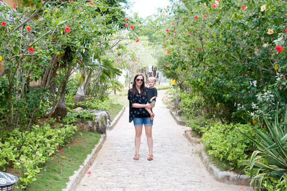 Alyson Brown of Unruly Things vacationing in the Philippines in her Ilana Kohn Daryl Shirt from M&S.