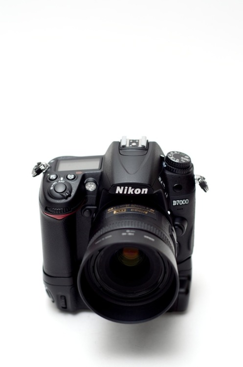 Nikon D7000 - my weapon of choice