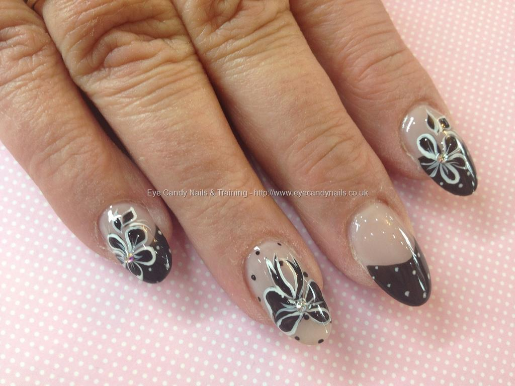 eye-candy-nails:  Eye Candy Nails #NailArt Photo Taken in salon at:17/05/2013 11:01:22 Nail Art Photo Uploaded at:17/05/2013 18:06:10Nail Technician:Elaine Moore Please visit Eye Candy Nails Gallery to see more.