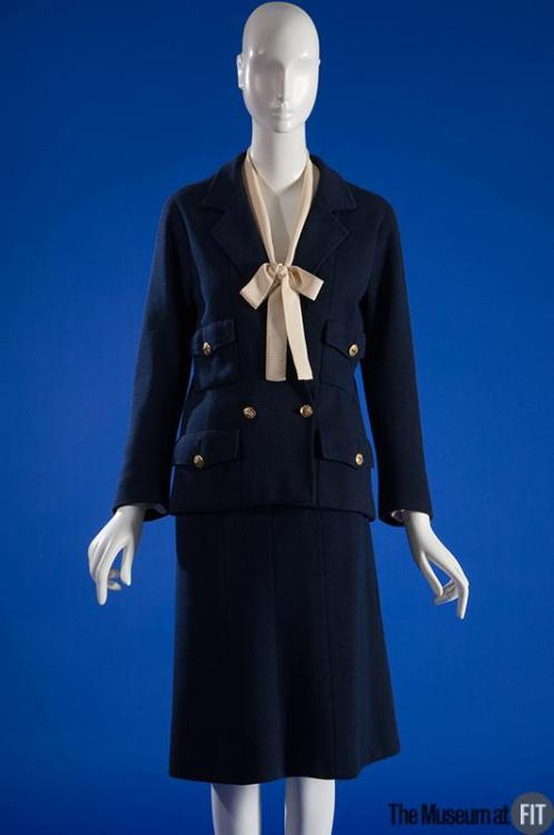 Suit Coco Chanel, 1960 The Museum at FIT